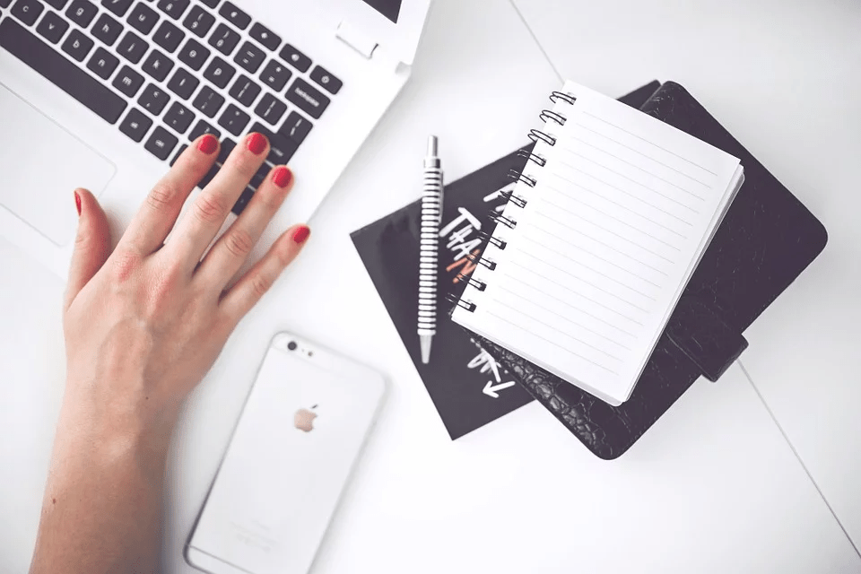 How to write a writing sample when applying for a freelance writer role